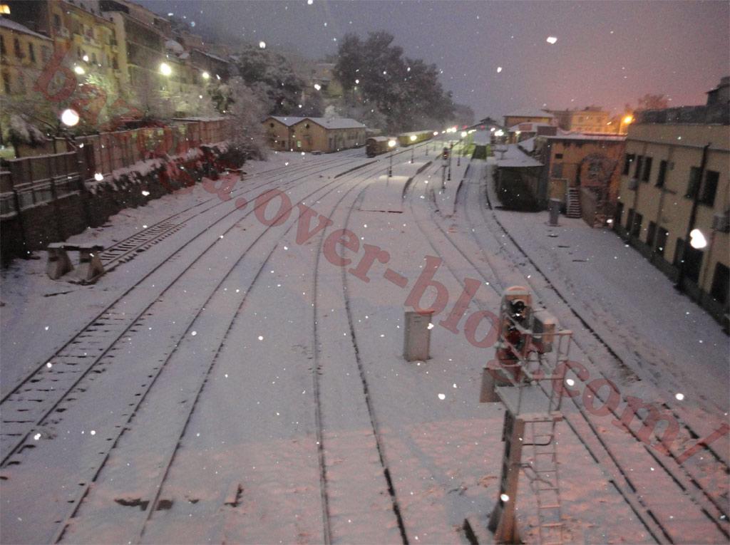 http://i41.servimg.com/u/f41/09/01/02/20/neige119.jpg