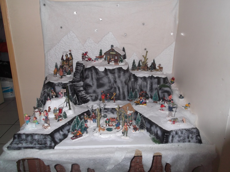 Villages miniatures de no l afficher le sujet nos decorations de noel 2012 - Fabriquer un support pour village de noel ...