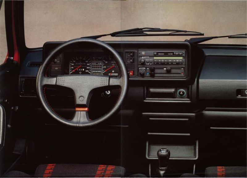 ma volkswagen golf 1 cabriolet. Black Bedroom Furniture Sets. Home Design Ideas