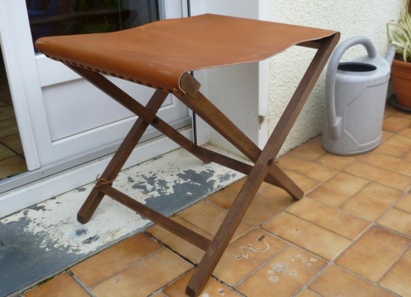 Fabriquer table pliante murale afficher le sujet ma visite aux invalides - Fabriquer table murale pliante ...