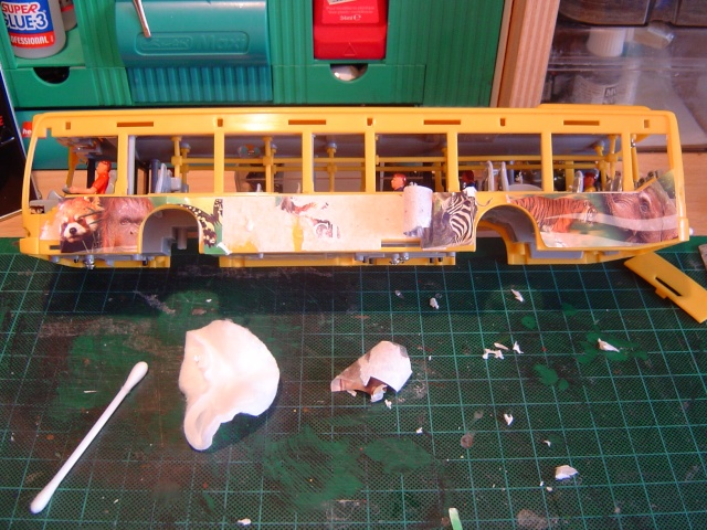 Photos tp afficher le sujet comment d caper et peindre nos miniatures - Enlever de la colle sur du plastique ...