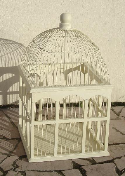 urne cage oiseaux trouv pour moi mariage forum vie pratique. Black Bedroom Furniture Sets. Home Design Ideas
