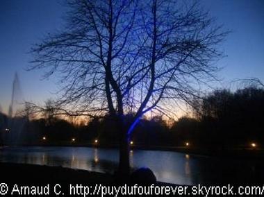 © Aranaud C. http://puydufouforever.skyrock.com/