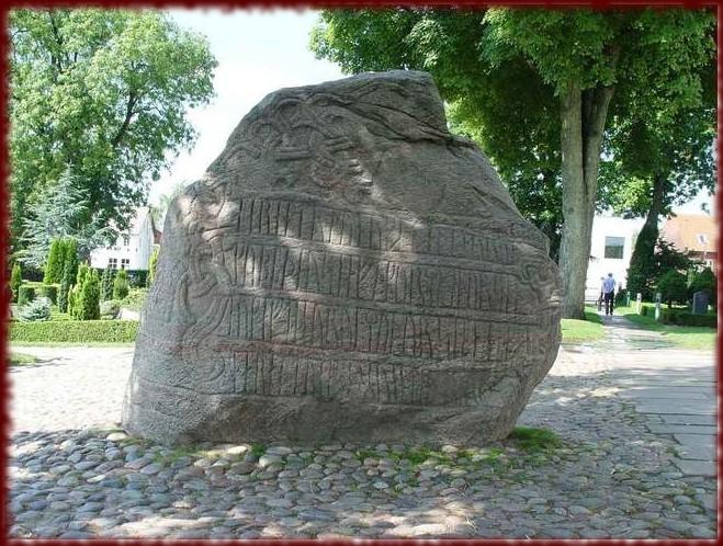 La grande pierre de Jelling (Xe siècle)