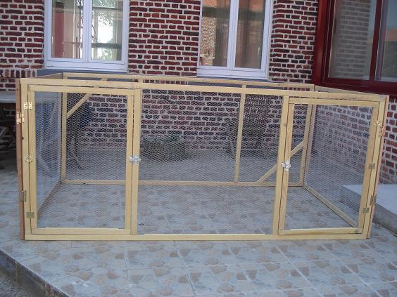 Clapier et enclos pour lapins for Construire une cage a lapin exterieur