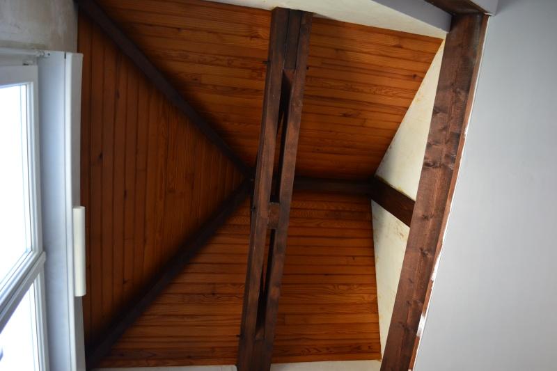 Chambre de gar on de 9 ans chambre termin e photos p 5 - Plafond en lambris peint en blanc ...