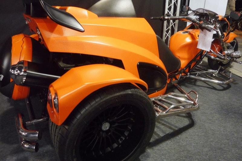 tricycle avec moteur de hayabusa. Black Bedroom Furniture Sets. Home Design Ideas