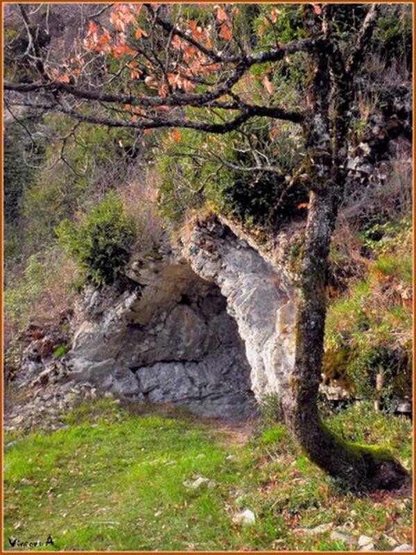 cavern10 - PRESENTATION DE LA RONDE DES GRANGEONS ET DU TRAIL DES 4 CHATEAUX / 02-09-12
