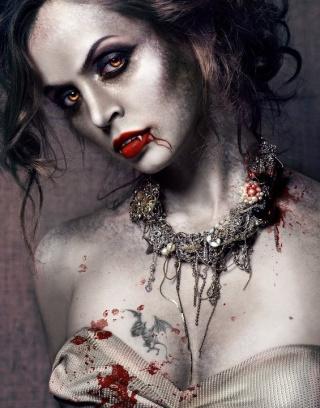 11010 dans fond ecran vampire femelle