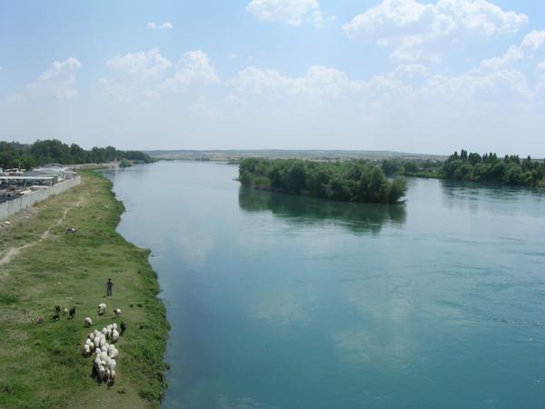 نهر الفرات في التاريخ