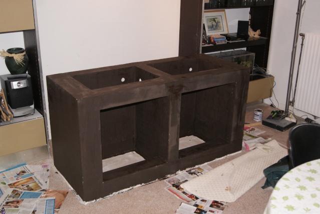 Fabrication d 39 un meuble en b ton cellulaire pour bac polyfon for Aquarium meuble tv