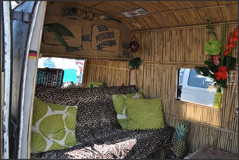 int rieur de combi alohesque. Black Bedroom Furniture Sets. Home Design Ideas