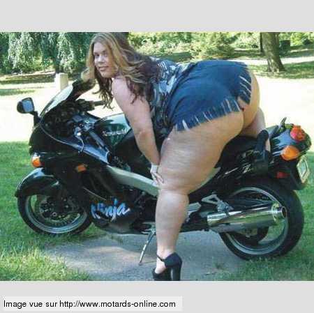 Grosses filles de motards