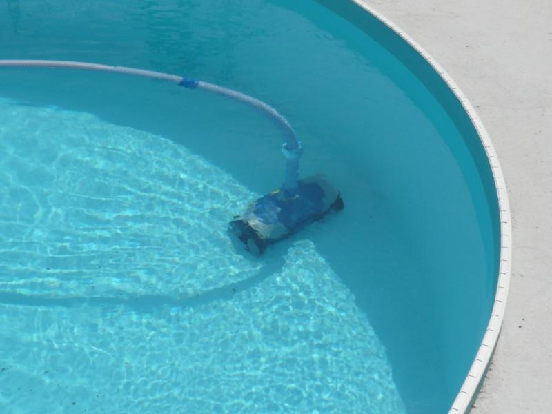 Robot zodiac mx8 maydai31 for Robot piscine waterair