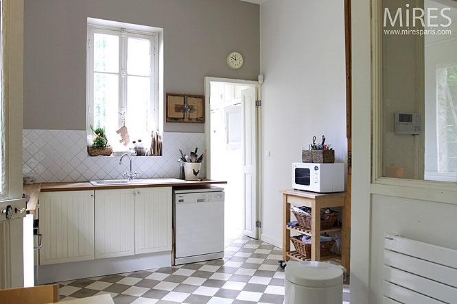 conseils carrelage cuisine ancienne carreaux ciment - Carrelage Cuisine Damier Noir Et Blanc