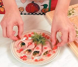 Украшение блюд ... или с холодными закусками).  Кухонные инструменты для...